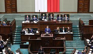 Niektórym nastolatkom marszałek Sejmu musiał wyłączyć mikrofon