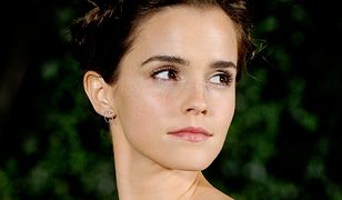 LOOK OF THE DAY: Emma Watson w sukience z odkrytymi ramionami
