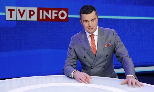 """Michał Rachoń od czerwca 2019 r. prowadzi w  TVP Info program publicystyczny """"#Jedziemy"""""""
