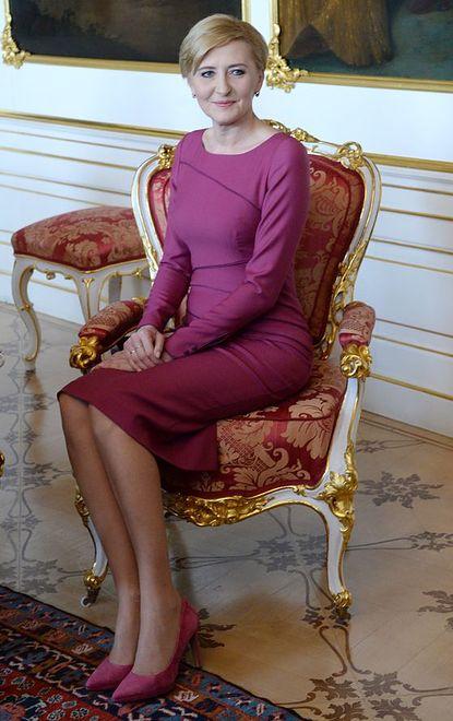 Czy Polacy lubią pierwszą damę?