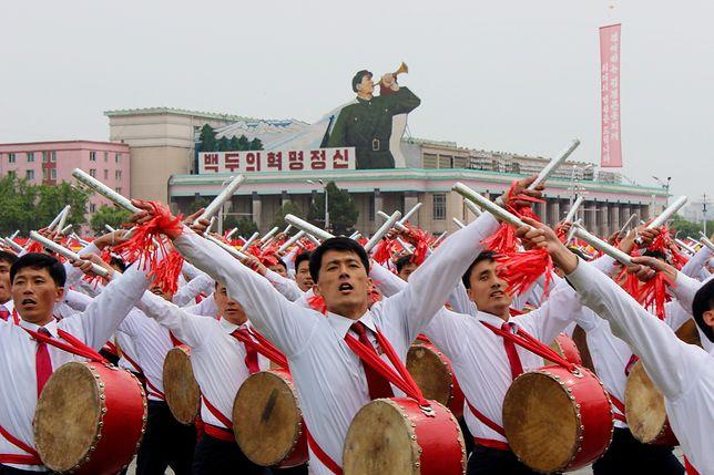 Setki tysięcy osób. Wielka parada w Korei Północnej