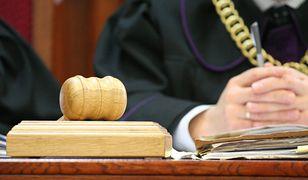 Sąd skazał Mariusza C. na 2 lata bezwzględnego więzienia za zgwałcenie kobiety podczas szkolenia w Kaliningradzie