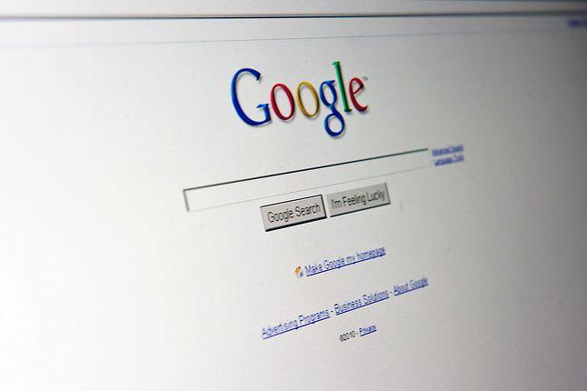 W końcu prośba o pomoc do społeczności na forach jest passé, prawdziwy user korzysta tylko z Googli...