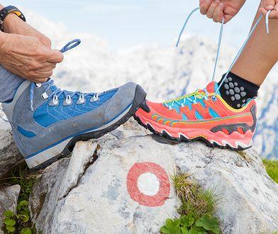 Skarpety do biegania powinny być dobrze dopasowane do stopy.