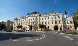 Nitra to szóste co do wielkości miasto Słowacji, zamieszkałe przez ok. 80 tys. osób