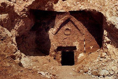 """""""Zaginiony grób Jezusa"""" - afera wokół filmu Camerona"""