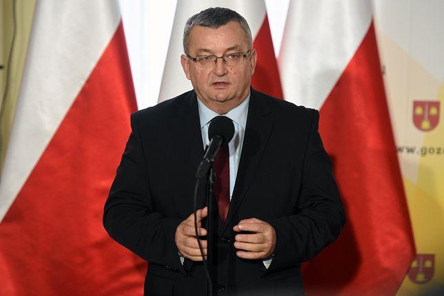 Podwładny Andrzeja Adamczyka skierował do urzędów nietypowy mail