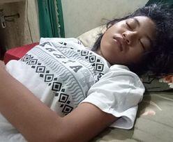 """""""Prawdziwa Śpiąca Królewna"""". 17-latka śpi przez całe tygodnie"""