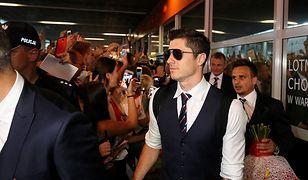 EURO 2016: wielkie powitanie piłkarzy na lotnisku Chopina [GALERIA]