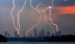 IMGW ostrzega: po upałach nadejdą gwałtowne burze, wichury i grad