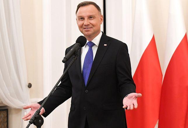 """Andrzej Duda wkręcony. Burza wokół nagrania. Jacek Czaputowicz odpowiada. """"Wina pracownika"""""""