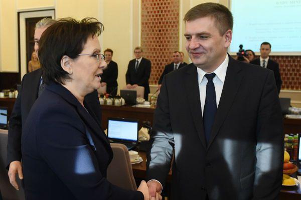 Premier spotka się o Bartoszem Arłukowiczem. Będą rozmawiać o sytuacji z PZ