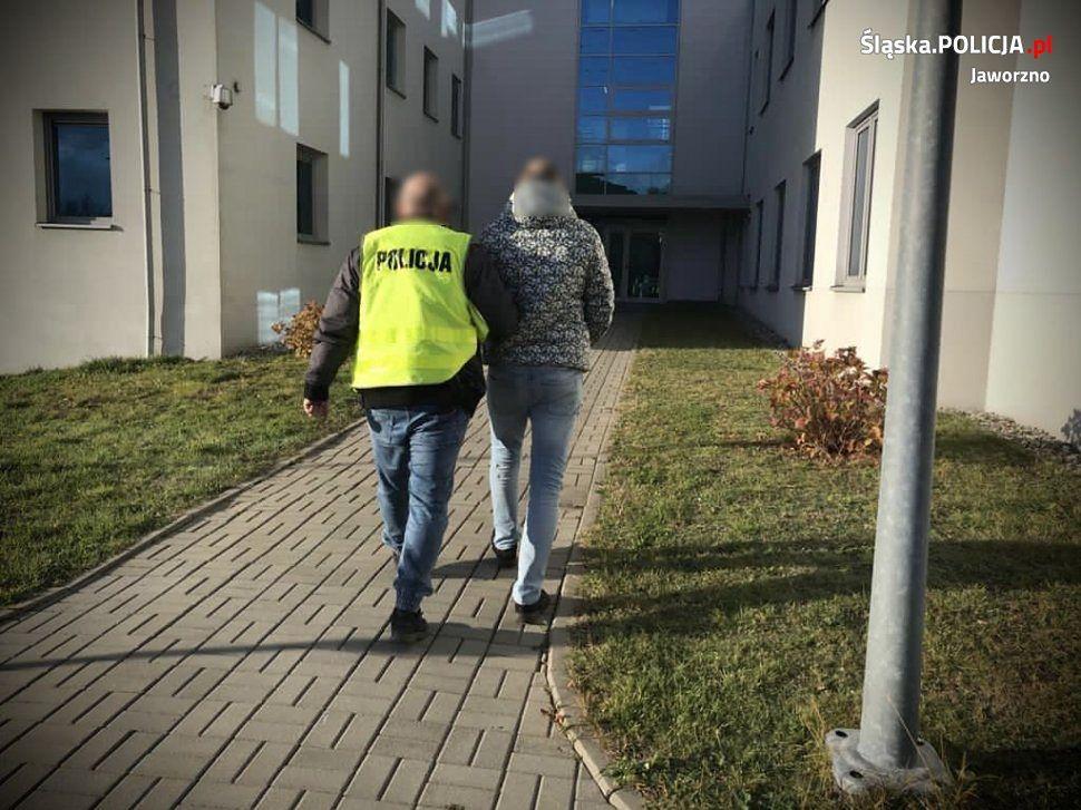 160 tys. zł wyłudzono metodą na policjanta.