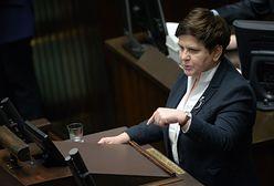 Rząd PiS odkręcił kurek z pieniędzmi. Urzędnicy w rok dostali od ministrów prawie 114 mln zł