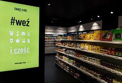 Take&Go. Pierwsi klienci robią zakupy w sklepie bez kas i obsługi
