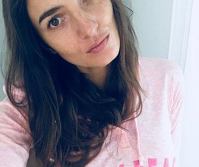 Kamila Szczwińska pokazuje gołe nogi na stoku. Modelka nie boi się mrozu