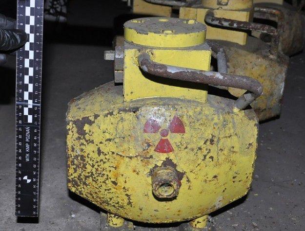 Nadal nie wiadomo, gdzie są skradzione pojemniki z promieniotwórczym kobaltem
