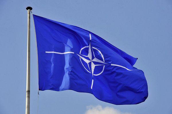 """""""New York Times"""" o najpilniejszych wyzwaniach dla NATO"""