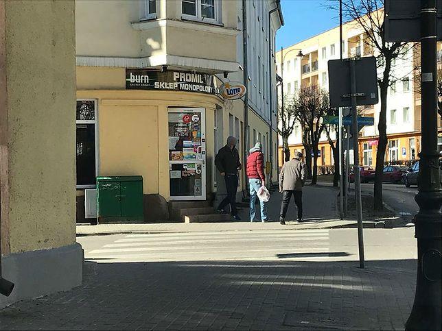 Otwarty sklep żony posła PiS Wojciecha Kossakowskiego