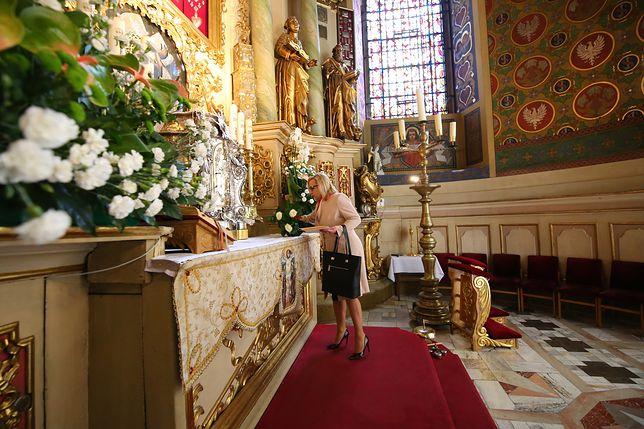 Beata Kempa uczestniczyła w mszy świętej. Uroczystość zamieniła się w polityczną agitację