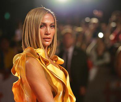 Jennifer Lopez pokazała wigilijną stylizację