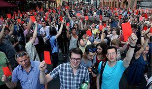Demonstracja przeciwko podniesieniu wieku emerytalnego w Petersburgu