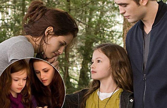 """Filmowa córka Belli i Edwarda z sagi """"Zmierzch"""" jest już dorosła"""