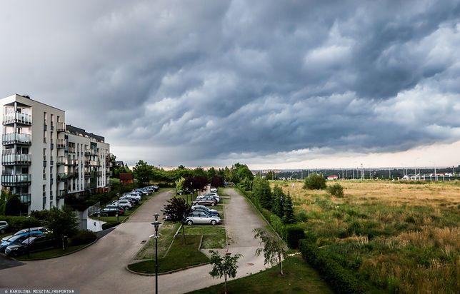 Gdańsk. Zachmurzone niebo przed burzą. Fot. Karolina Misztal/REPORTER