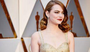 LOOK OF THE DAY: Emma Stone w złocie Givenchy