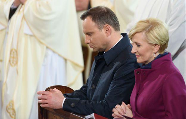 Agata Kornhauser-Duda pojawiła się u boku męża na mszy w Gnieźnie w 1050-lecie chrztu Polski