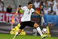 Mesut Ozil skasowany z chińskiej wersji PES 2020. Powodem krytyka Chin