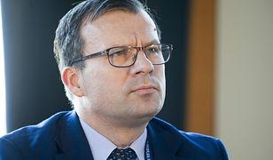 """Wiceminister Marcin Zieleniecki przyznał w Senacie, że jest szansa na to, że emeryci dostaną """"trzynastkę"""" również w kolejnych latach"""