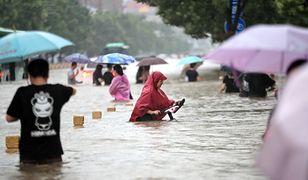 Śmiercionośne powodzie w Chinach. Nadciąga kolejna fala