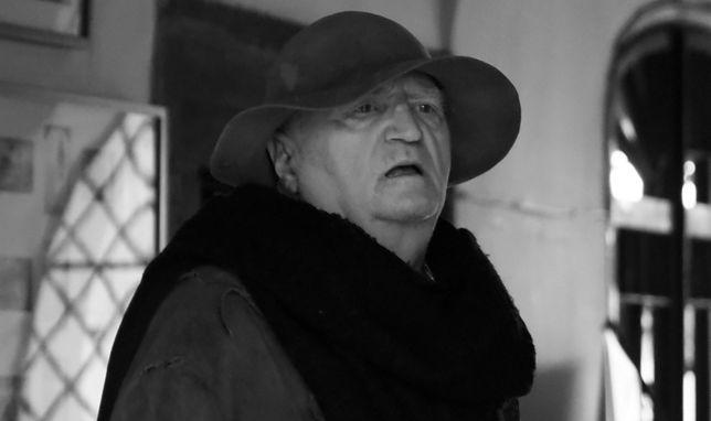 Jan Książek nie żyje. Przez 30 lat wcielał się w tę samą rolę