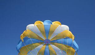 Na Pomorzu zginął skoczek lotniczy. 44-latka zawiódł spadochron