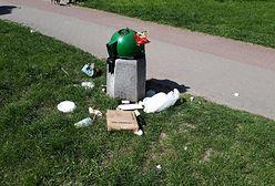Weekend majowy się skończył, a śmieci pozostały. Szymon Hołownia komentuje