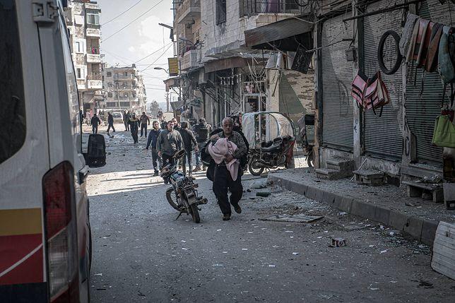 Syria. Atak na miasto Idlib. Turcja otworzyła granicę dla uchodźców