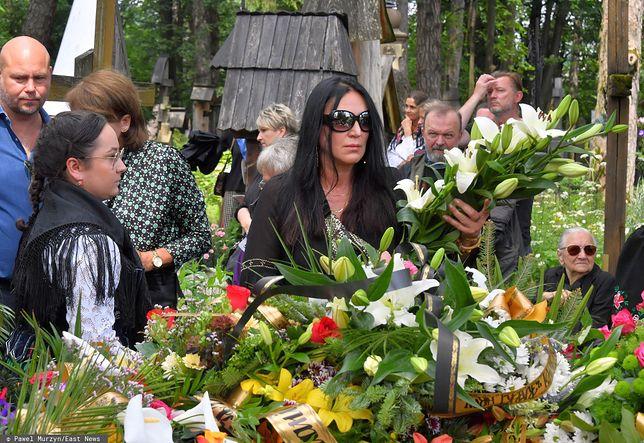 Kayah na pogrzebie na Pęksowym Brzysku w Zakopanem