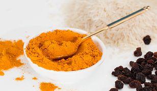 Naukowcy twierdzą, że produkowana w Bangladeszu kurkuma może być sztucznie barwiona