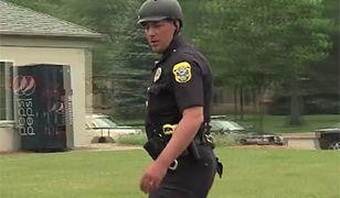 To prawdopodobnie jedyny taki policjant na świecie (WIDEO)