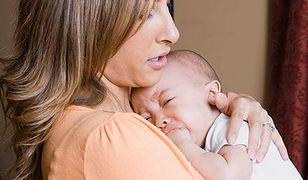 Płaczące dziecko lepiej zostawić w spokoju?