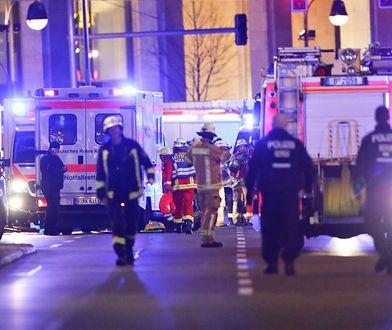 Limburg an der Lahn w Niemczech. Skradzioną ciężarówką staranował auta przed skrzyżowaniem. Są ranni (zdjęcie ilustracyjne)