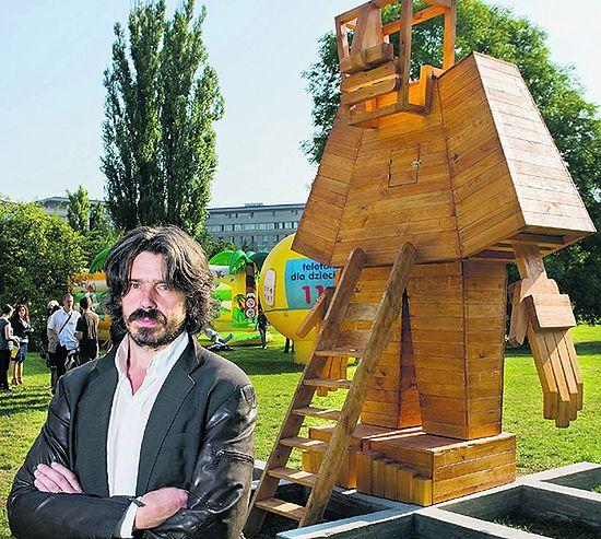 Mityczny gigant stanął na straży praw dzieci