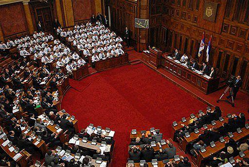 Historyczny krok Serbii - potępili masakrę w Srebrenicy