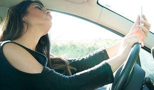 Wideorozmowy, zdjęcia, Facebook - z tego korzystają kierowcy podczas jazdy