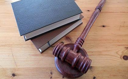 Finał śledztwa w sprawie korupcji w Straży Miejskiej w Katowicach. 73 osoby przed sądem