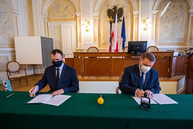 Bielsko-Biała. Dzięki umowie w mieście powstanie punkt obsługi programu Czyste Powietrze.