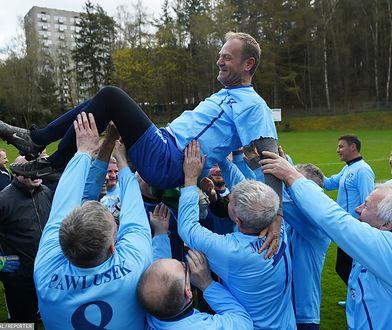 Donald Tusk nawet 60. urodziny świętował dwa lata temu na piłkarskim boisku