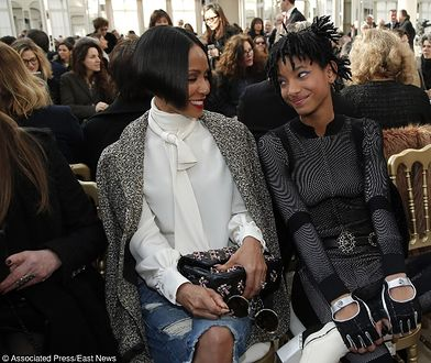 Willow Smith, right, and her mother Jada Pinkett Smith wait before Chanel's Fall-Winter 2016-2017 ready to wear fashion collection presented in Paris, Tuesday, March 8, 2016. (AP Photo/Thibault Camus)