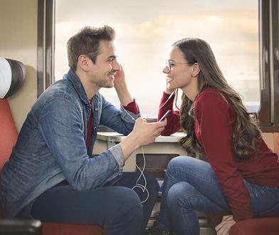 Z badań ankietowych wynika, że Polacy są romantykami